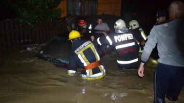 ISU pompieri inundatii MAI FB