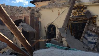 cutremur italia 14 - adi cojocaru