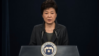 President Park Geun-hye Addresses Nation Over Confidante Scandal