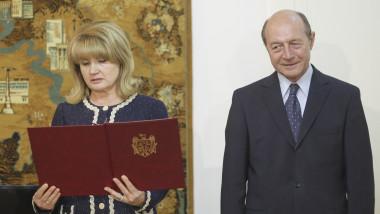 FOTO. Băsescu a primit felicitări de ziua lui ca nou cetățean moldovean