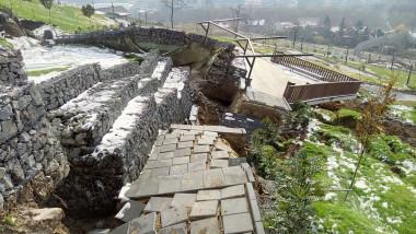 distrugeri alunecare dealul Ciuperca (13)