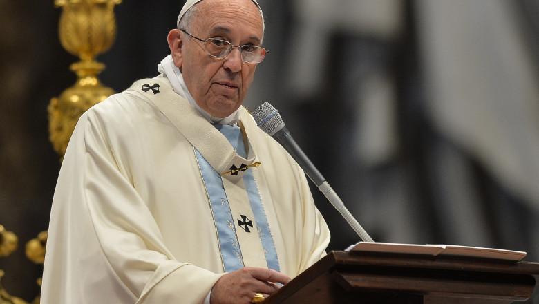 VATICAN-POPE-MASS