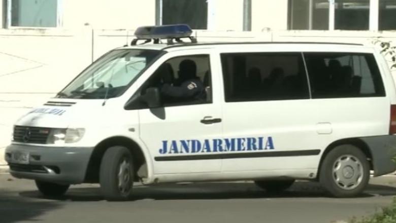 masina jandarmerie