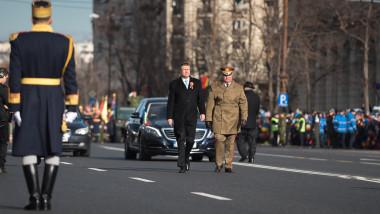 Klaus Iohannis la Parada militara - presidency (1)