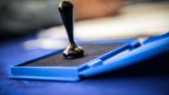 alegeri-2014-sectie-vot-stampila-Copy