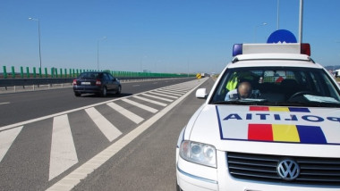 masina-politie-autostrada-turda