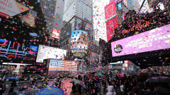 Times Square New Year's Eve 2017 - Confetti Test