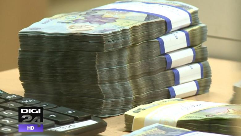 Teanc de bani, lei_digi24_august 2015 (2)