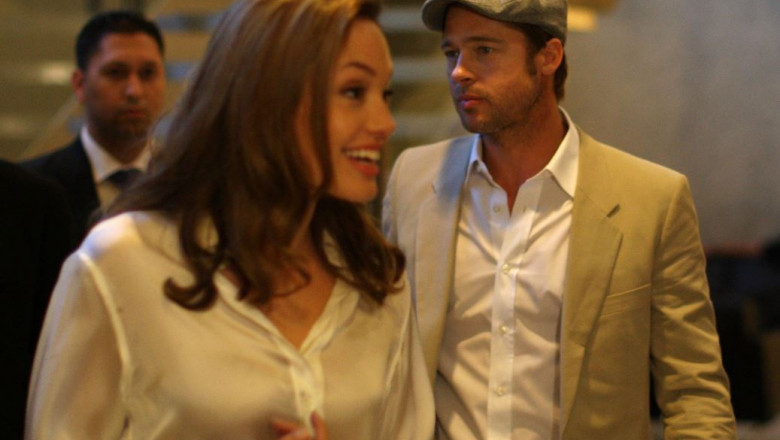 Angelina Jolie Brad Pitt GettyImages-76920820 crop