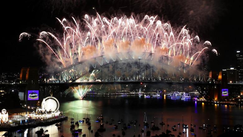 Sydney Celebrates New Year's Eve 2016