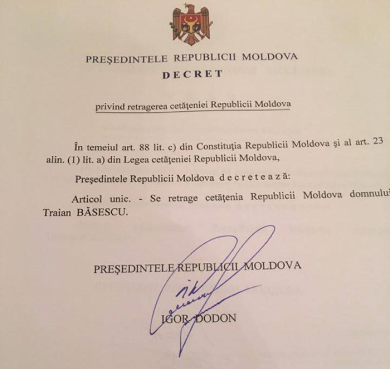 decret retragere cetatenie base publika