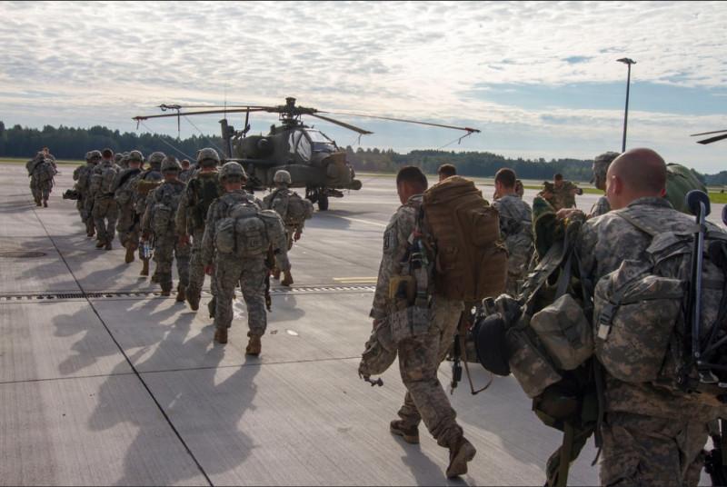nato soldati americani elicopter - flickr nato