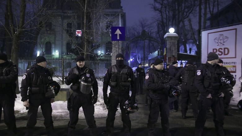 170122_PROTEST_GRATIERE_05_INQUAM_Octav_Ganea