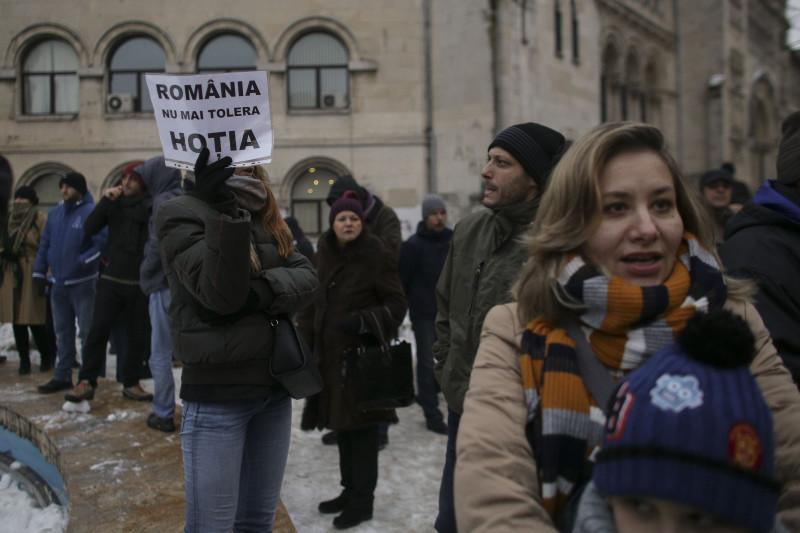 170129_PROTEST_GRATIERE_06_INQUAM_Octav_Ganea