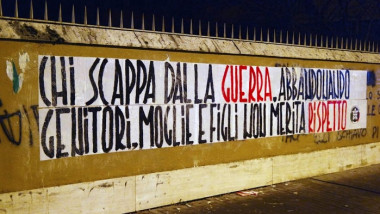 banner antirefugiati italia