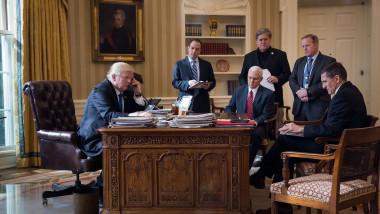 Donald Trump vorbește cu Vladimir Putin la telefon