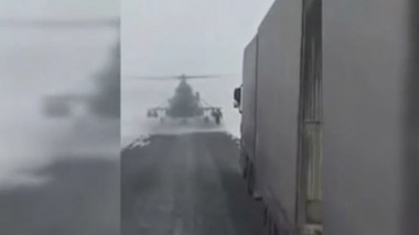 elicopter pe autostrada