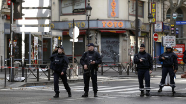 Man Shot Dead By Police In Paris Street After Wielding Knife