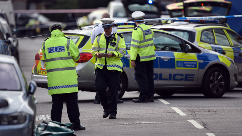 Car Being Chased By Police Ploughs Into Pedestrians In South London