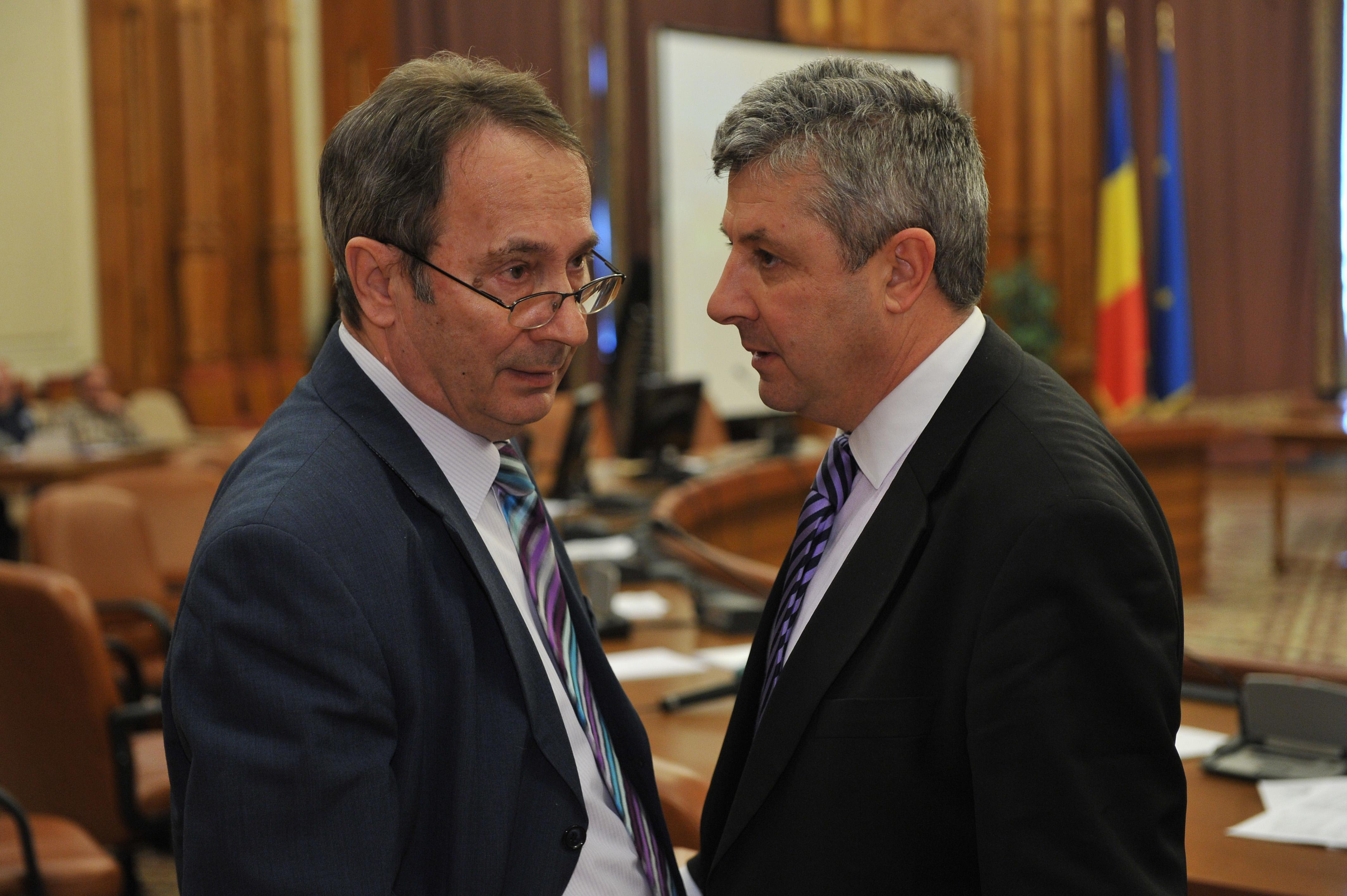 Ce legatura are scandalul urias de la CCR pe codurile penale cu iesirea PSD de la guvernare