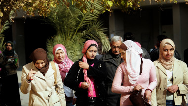 As Iraqi Security Improves, Wearing Islamic Dress Wanes