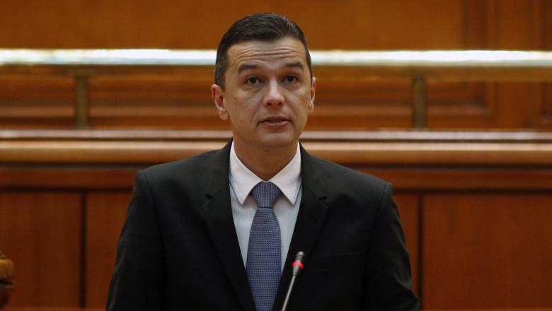 Prime Minister Sorin Grindeanu addresses Parliament