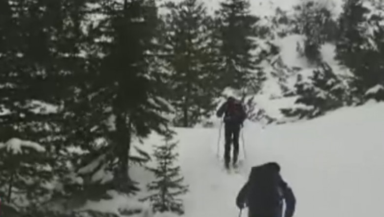 iarna schiuri jandarmi