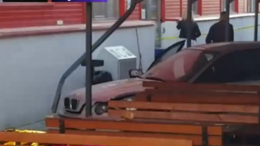 masina intrata in oameni arges
