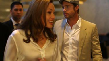 Angelina Jolie Brad Pitt GettyImages-76920820 crop