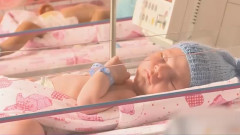 bebelus nou nascut