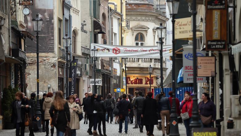 Bucuresti, centru vechi, oameni