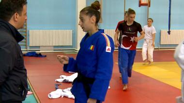 sport larisa judo