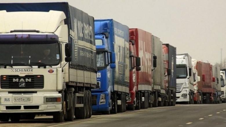 trucks-coada-camioane-vama