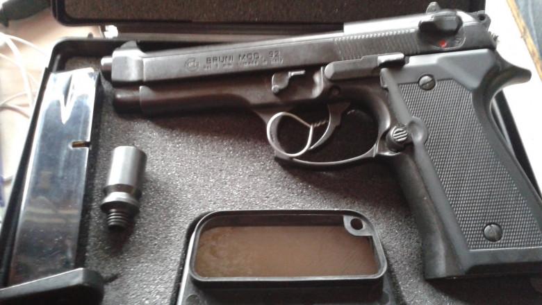 bruni pistol
