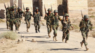 British Troops Put Afghan Forces Through Training Exercises