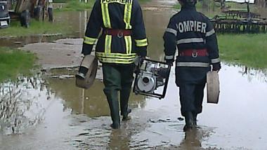 interventie pompieri inundatie