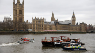 Person Falls From Westminster Bridge