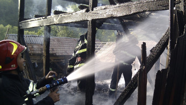 incendiu Sacadat1