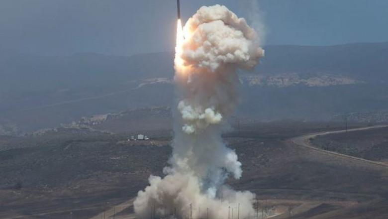 racheta interceptoare