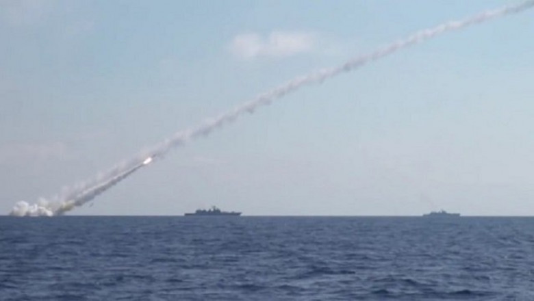 russia-missiles-syria-tw