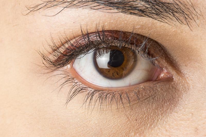 Poze cu ochi verzi care plang