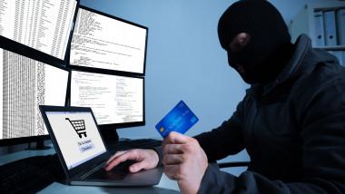 frauda esrocherie hacker shutterstock_369975851