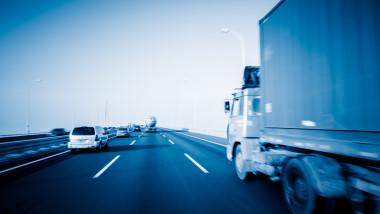autostrada 3 benzi shutterstock