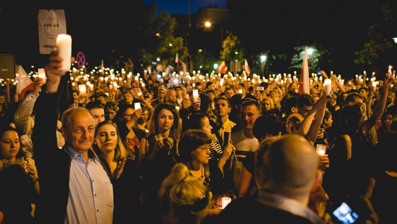 proteste polonia foto facebook akcja demokracja
