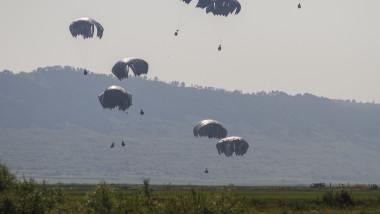 """În perioada 18 - 23 iulie, în zona Bazei 71 Aeriană """" General Emanoil Ionescu"""" și a localității Luna, județul Cluj, se desfășoară Swift Response 17-1 (SR17-1), exercițiu de sprijin pentru exercițiul multinațional Saber Guardian 2017."""