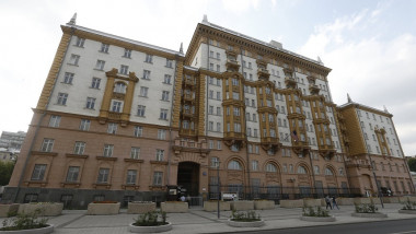 us-embassy-moscow-tw