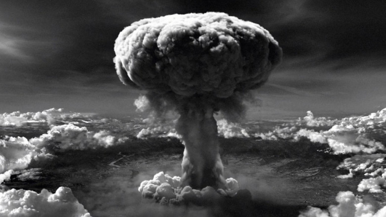 Atomic-Bomb-1038x576