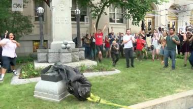 confederate-statue-north-carolina-tw1