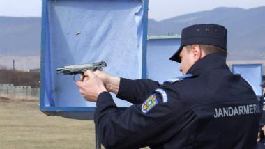 poligon jandarm trage cu pistolul_fb jandarmerie