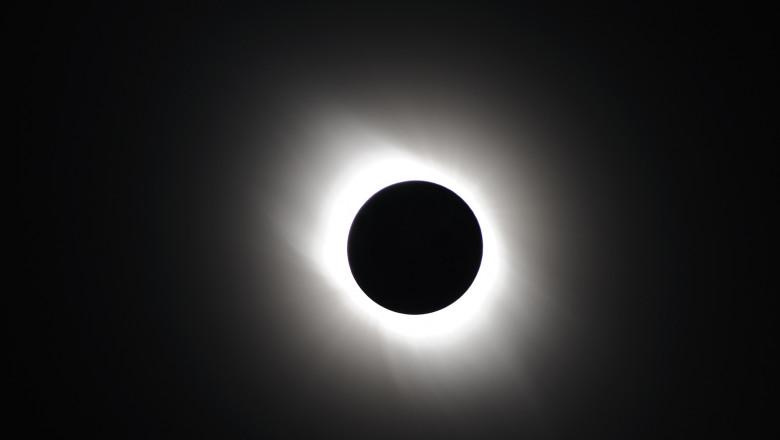 eclipsa solara totala